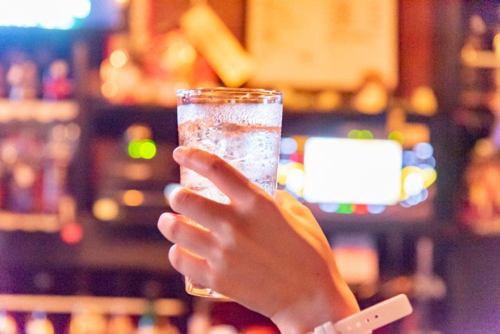 枚方市駅直結の商業施設サンプラザ3号館のこだわりの居酒屋。ひとり酒がおすすめ。