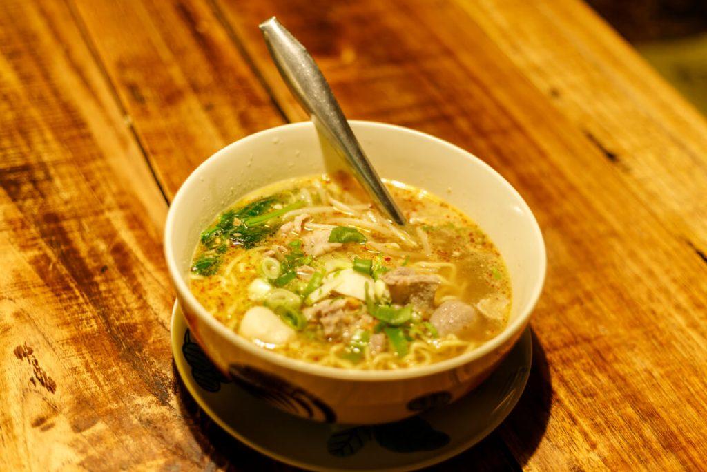 熱帯食堂の週替わり麺